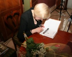 Joanna Siedlecka gościem II Spotkań z Literaturą w Opinogórze (10/10)
