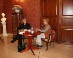 Małgorzata Szejnert – reporterka spełniona (gość VI Spotkań z Literaturą w Opinogórze ) (1/8)