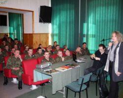 Spotkanie autorskie o Katyniu dla oficerów w Jednostce Wojskowej (1/5)